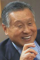 東京五輪組織委会長・森喜朗が五輪不祥事を報道してきた東京新聞に対して「スポンサーから外せ」と圧力!