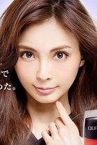 湊かなえが押切もえの山周賞ノミネートを「二番煎じの愚策」と批判、筒井康隆も「女又吉」と揶揄!