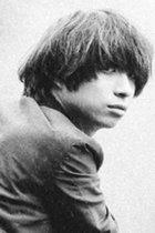 """クリープハイプ・尾崎世界観が半自伝小説に描いた""""家庭内暴力""""! 人気バンドのボーカルが抱える闇とは"""