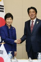 国連の慰安婦日韓合意見直し勧告に発狂する安倍政権とネトウヨの身勝手な論理! おかしいのは少女像撤去求める日本だ