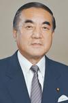 中曽根首相「1億円合同葬」強行、しかも教育現場に弔意強要 菅政権は「前例踏襲」と説明するが、明らかに特別扱いが…
