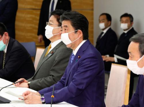 アベノマスク大量不良品の原因は安倍首相! 厚労省が品質懸念も官邸が「首相案件だから早く」と命令、医療品でない東南アジア製マスクにの画像1