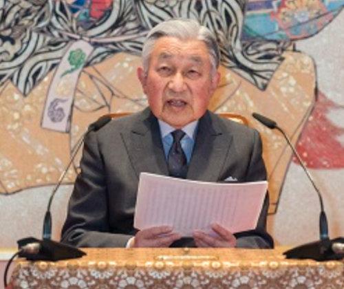 明仁天皇最後の誕生日会見は明らかに安倍政権への牽制だった! 反戦を訴え、涙声で「沖縄に寄り添う」と宣言の画像1