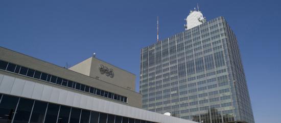 NHKが国会中継しないのは、政治部=官邸の判断だった! 前川氏の会見は中継せず、アベ友民間議員の反論垂れ流しもの画像1