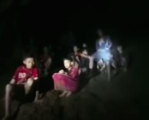 タイ洞窟の少年たちにまで「反省しろ」「自己責任」の声!日本の自己責任論バッシングのルーツは安倍首相だったの画像1